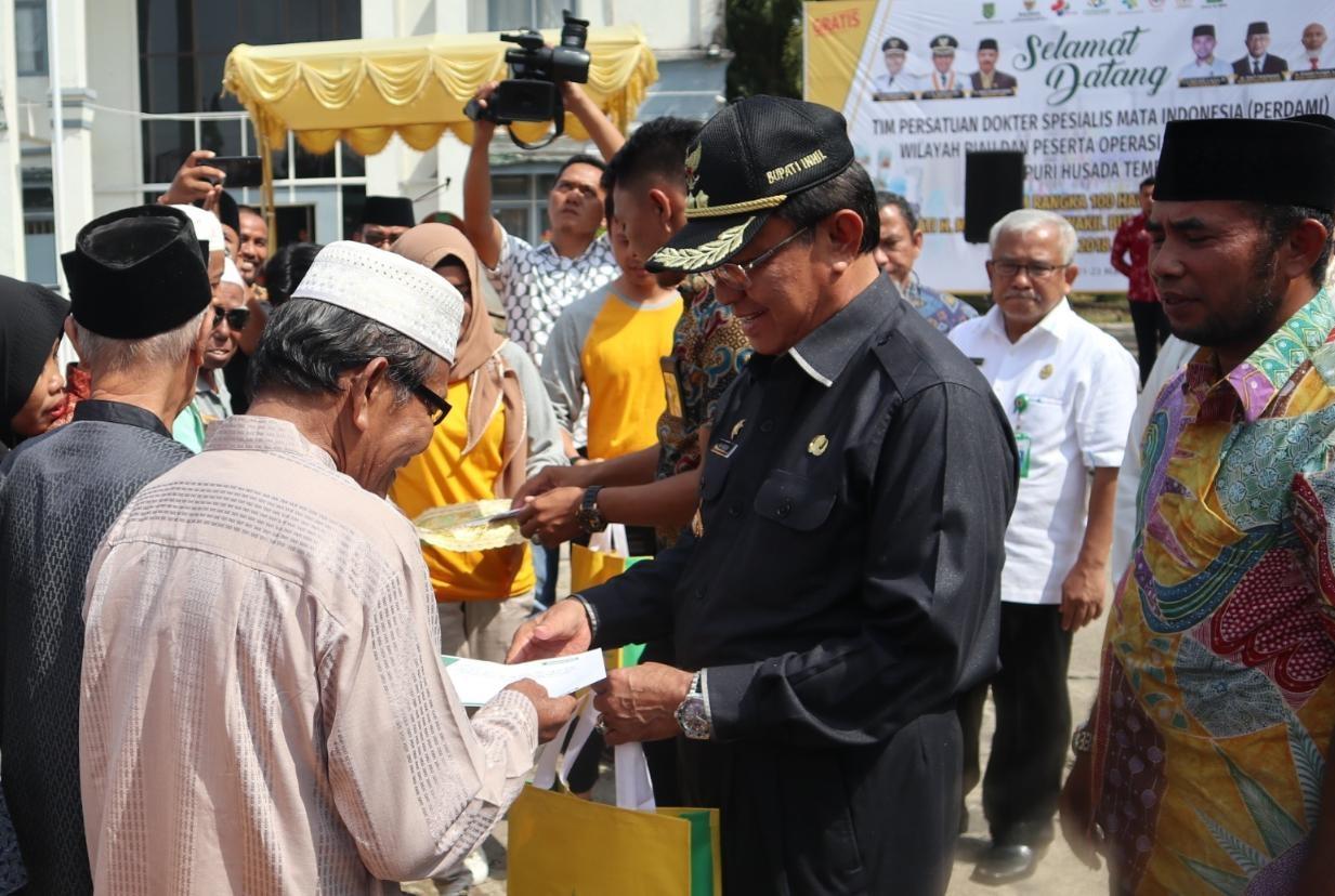 Kegiatan operasi katarak gratis yang diselenggarakan oleh RSUD Puri Husada Tembilahan bekerjasama dengan Baznas Inhil dan Perhimpunan Dokter Spesialis Mata Indonesia