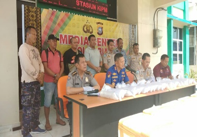 Barang bukti yang diamankan Polair Polda Riau.