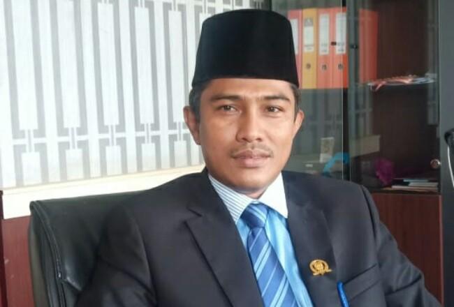 Wakil Ketua III DPRD Rohil Hamzah SHI MM