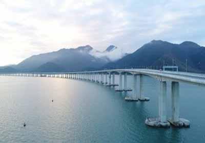 Hong Kong-Zhuhai-Makau Bridge.