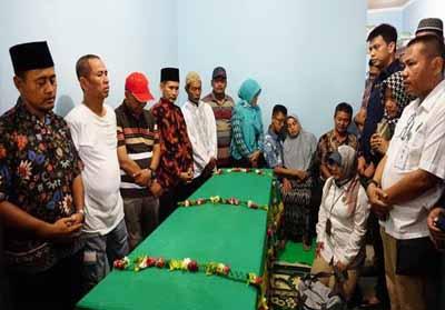 Manajemen Lion Air secara langsung telah menyerahkan jenazah almarhumah Jannatun Shintya Dewi kepada pihak keluarga.