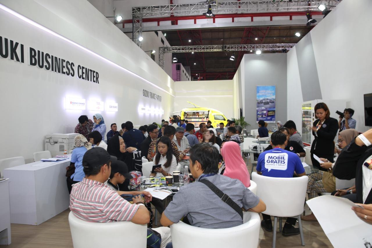Dalam gelaran Indonesia International Motor Show (IIMS) 2019, PT Suzuki Indomobil Sales menghadirkan berbagai promo dan cicilan menarik untuk setiap lini produknya.