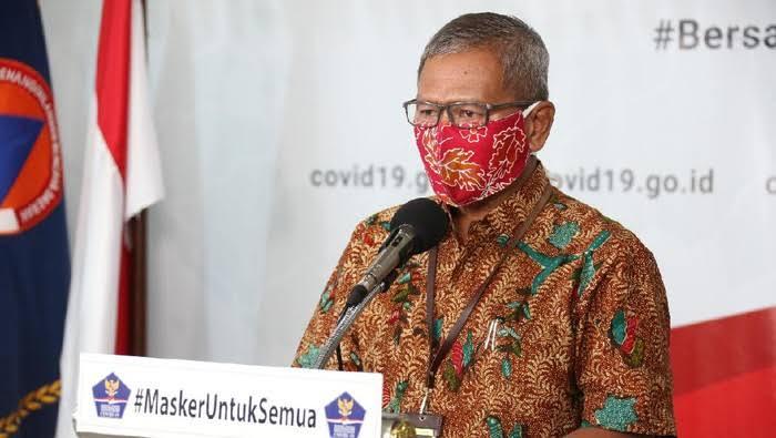 Achmad Yurianto selaku Juru Bicara Pemerintah untuk Penanganan Virus Corona.