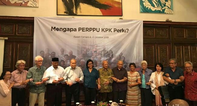 Sejumlah tokoh nasional berkumpul dukung Jokowi terbitkan Perppu. Foto: Detik