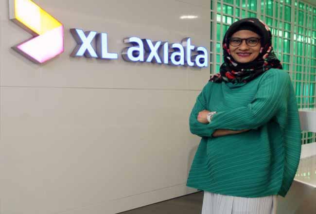 Presiden Direktur & CEO PT XL Axiata Tbk Dian Siswarini