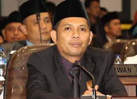 Ketua Komisi II DPRD Kota Pekanbaru Azwendi