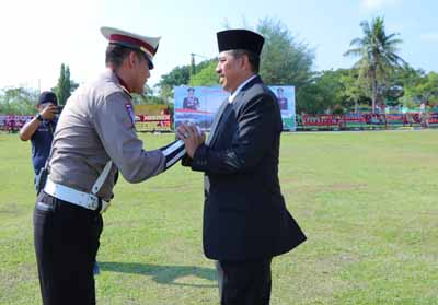 Bupati Siak Alfedri menjadi Irup Upacara HUT ke-73 Bhayangkara.