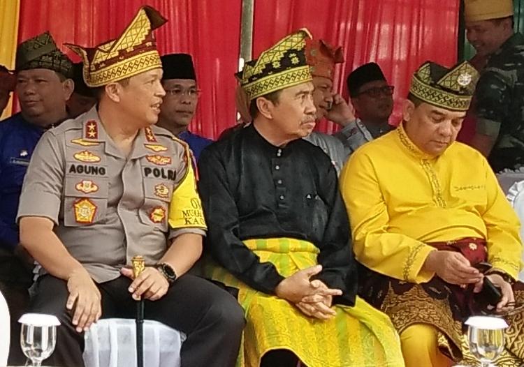 Focus Group Discussion (FGD) Momentum Sumpah Pemuda 28 Oktober 2019 bersama forkopimda dan mahasiswa se-Provinsi Riau di Hotel Aryaduta Pekanbaru, Jumat (18/10/2019).