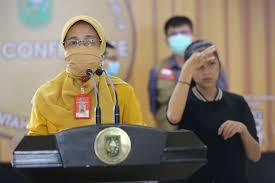 Kepala Dinas Kesehatan (Kadiskes) Mimi Yuliani Nazir