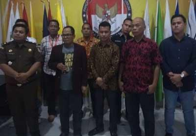 Ketua Bawaslu Riau, Rusidi Rusdan didampingi tim penyidik Kejati dan Polda Riau yang tergabung dalam tim Sentra Gakkumdu Bawaslu Riau turun ke Rohil