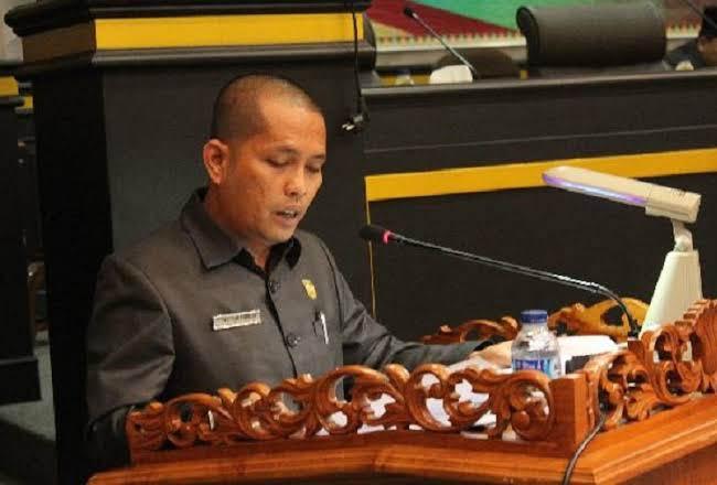 Wakil Ketua DPRD Kota Pekanbaru Tengku Azwendi Fajri