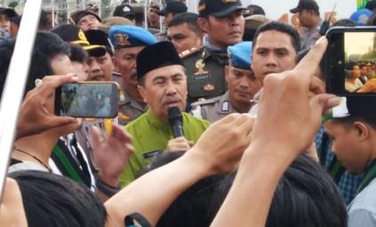 Gubernur Riau Syamsuar beri jawaban atas tuntutan massa aksi HMI