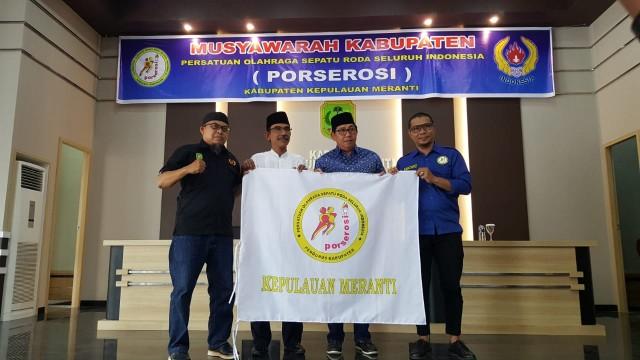 Jefri Hidayat terpilih sebagai ketua Persatuan Olahraga Sepatu Roda Seluruh Indonesia (Porserosi) Kabupaten Kepulauan Meranti