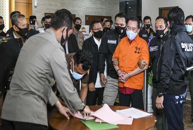 Penyidikan yang dilakukan Bareskrim Polri menghasilkan pengakuan dua jenderal Polri menerima suap untuk menghapus Djoko Tjandra dari red notce. Foto: CNNindonesia