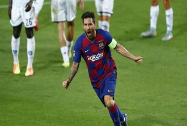 Lionel Messi mampu tampil baik di laga perdana Liga Spanyol 2020/2021 meski tanpa Luis Suarez yang dibuang Barcelona. (CNNIndonesia)