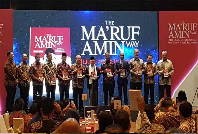 Peluncuran buku Maaruf Amin.