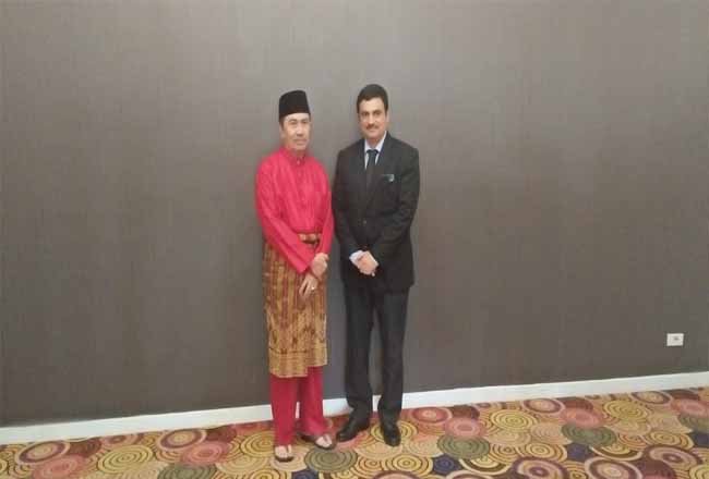 Gubernur Riau Syamsuar dengan Konjen India YM Raghu Gururaj.