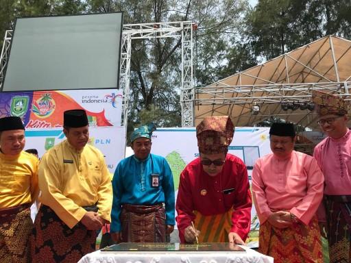 Gubernur Riau Drs H Syamsuar Msi hadiri Budaya Mandi Safar.