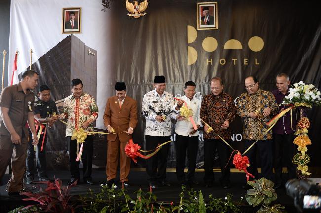 Peresmian Bono Hotel yang dihadiri banyak pejabat di Riau. Foto HPR