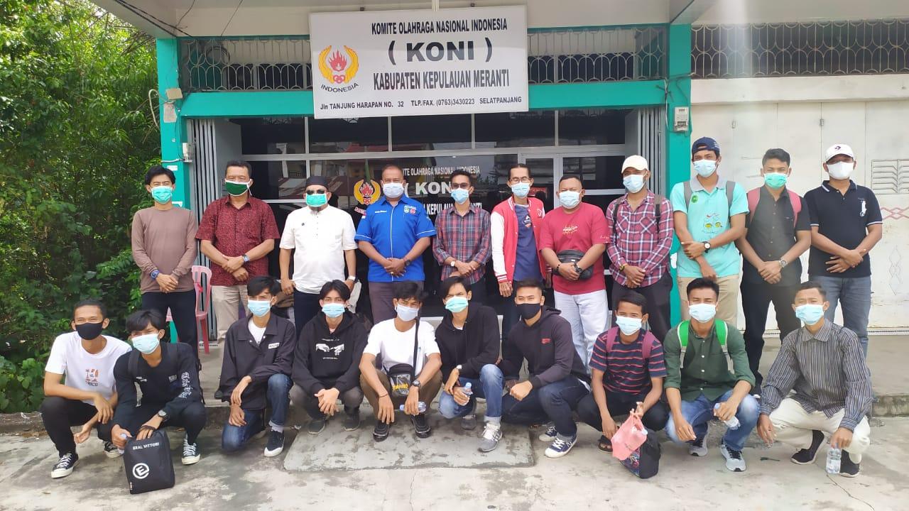 Pelepasan atlet Futsal Kepulauan Meranti untuk mengikuti Kejurda oleh KONI Kepulauan Meranti