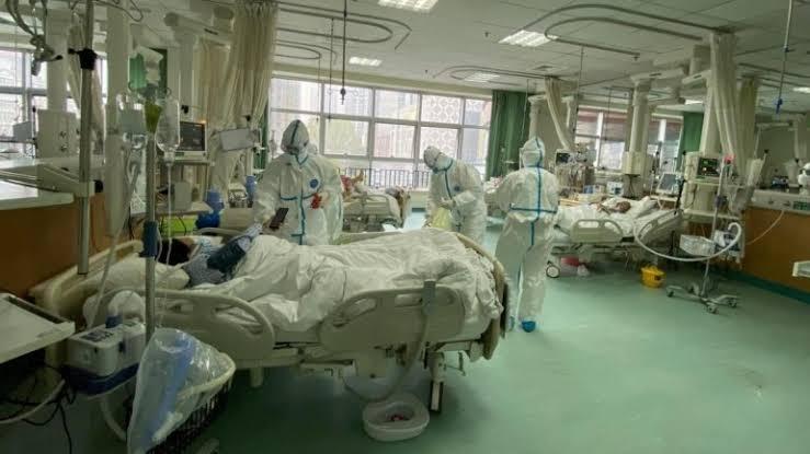 Suasana di Rumah Sakit yang merawat pasien virus corona