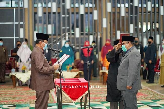Bupati Indragiri Hilir (Inhil), HM. Wardan melantik Fauzar sebagai Penjabat Sekretaris Daerah (Sekda) Kabupaten Inhil