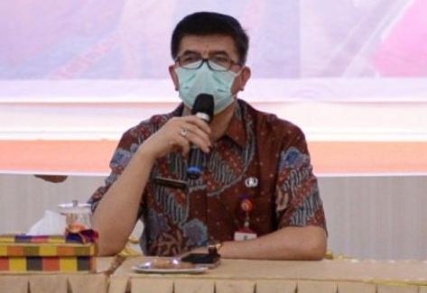 Direktur Utama RSUD Arifin Ahmad, dr Nuzely.