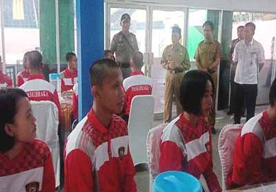 Sebanyak 33 anggota Paskibraka diberi pengarahan saat pembukaan Diklat di GOR Tengku Pangeran, Senin (29/7/2019) lalu.