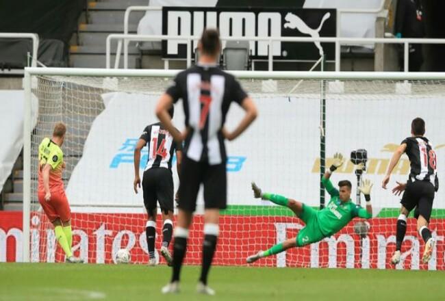 Manchester City lolos ke semifinal Piala FA usai menyingkirkan Newcastle United 2-0. Foto: CNNIndonesia