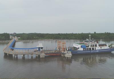 Kapal penyeberangan roro Bengkalis.