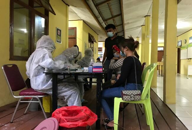 Rapid test pada pelaku pesta pergantian tahun di Roro Berembang.