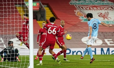 Manchester City habisi Liverpool 4-1 di Anfield. (Foto: Getty Images/Pool)