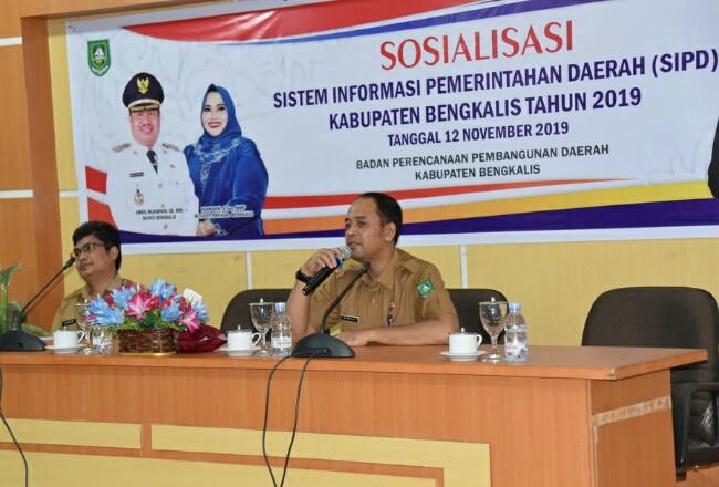 Kabid PPE Bappeda Bengkalis, M Firdaus saat membuka acara Sosialiasi SIPD Kabupaten Bengkalis Tahun  2019.