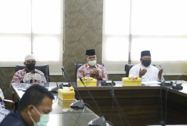 Penjabat Sekretaris Daerah Kabupaten Siak H Jamaludin saat mengikuti doa bersama.