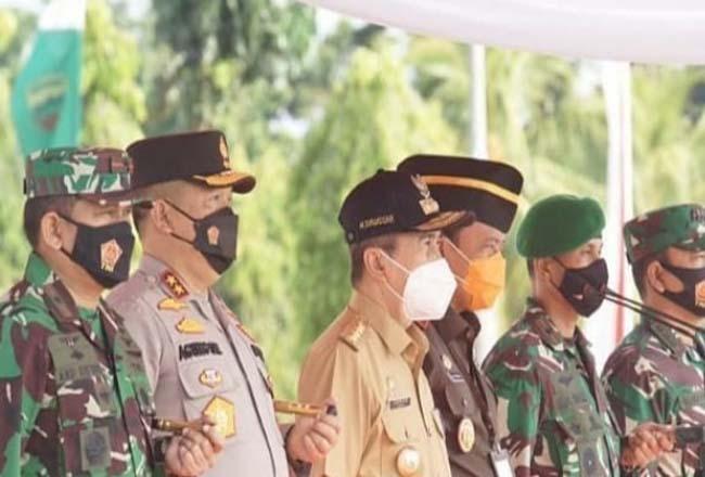 Gubernur Riau memimpil Apel Kesiapsiagaan Karhutla.