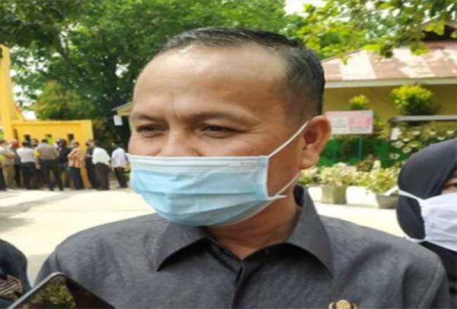 Plt Kepala Disdik Kota Pekanbaru Ismardi Ilyas