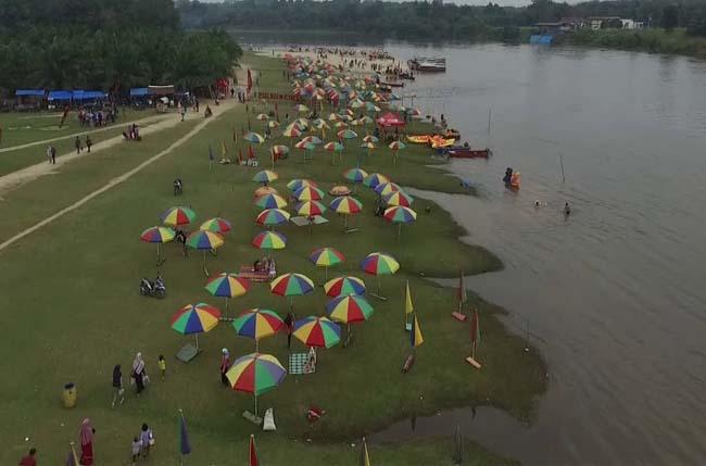 Pulau Cinta, Kabupaten Kampar, Riau.