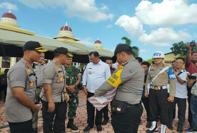 Kapolda Riau saat mengunjungi Kabupaten Rohil.