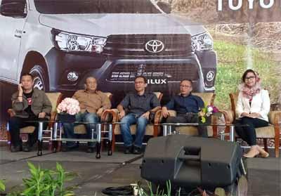 Agung Toyota Selaku Authorized Dealer di wilayah Riau memperkenalkan salah satu kendaraan komersial andalannya Toyota All New Hilux Single Cabin yang kini dibekali engine GD-series tipe ZGD-FTV.