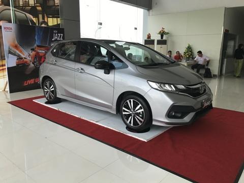 New Honda Jazz RS di showroom HSH Pekanbaru