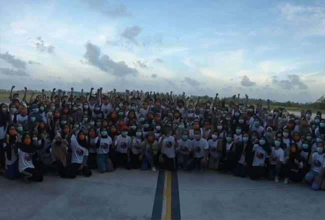 Semua WNI akan dipulangkan dari Hanggar Lanud Raden Sadjad Ranai, Kabupaten Natuna. Foto: Kompas