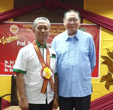 Rektor UIR Prof Syafrinaldi dan President Atty Santiago D. Ortega