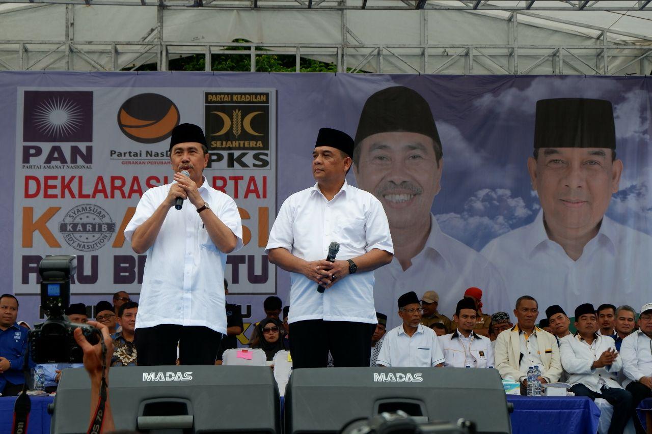Syamsuar dan Edy Natar Nasution saat deklarasi
