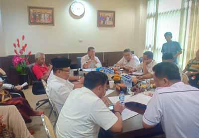 Rapat perisiapan penyambutan Gubernur Kalimantan Selatan.