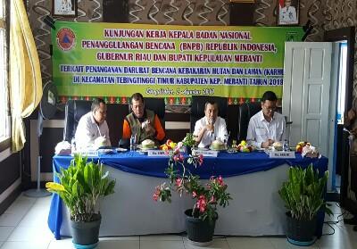 Kunjungan Kepala BNPB RI Letjen Doni Bonardo, Kepala BRG RI Nazir Foead dan Gubernur Riau Syamsuar ke Kepulauan Meranti beberapa waktu lalu.
