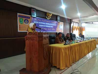 Acara Pertemuan Tematik Badan Koordinasi Hubungan Masyarakat Kabupaten Indragiri Hulu tentang Sosialisasi Pajak Online Daerah, Selasa (30/7/2019)) pagi di Aula Kantor Bappeda Kabupateb Inhu.