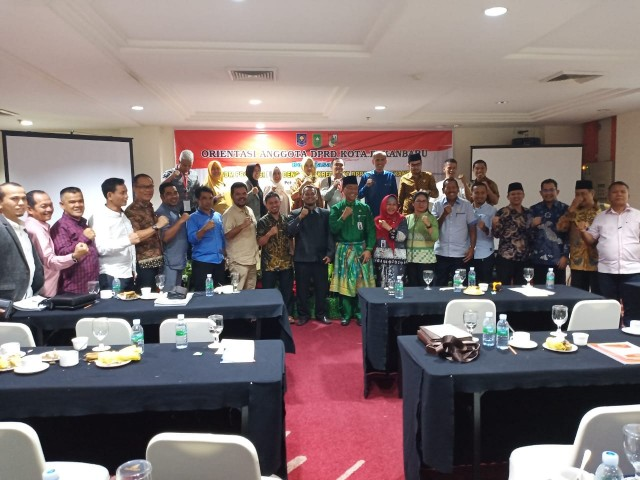 45 anggota DPRD Kota Pekanbaru periode 2019-2024 tuntas ikuti orientasi.