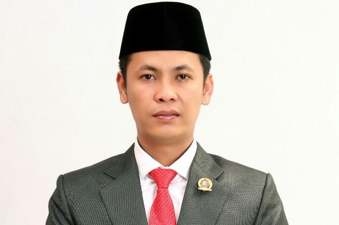 Komisioner Bawaslu Kepulauan Meranti, Romi Indra