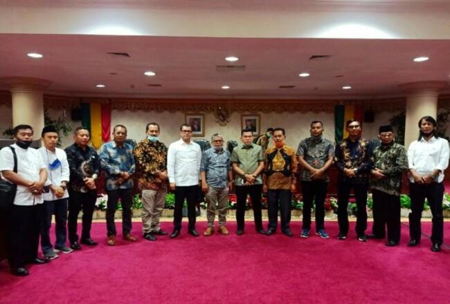 Kunjungan dan konsultasi DPRD Kepulauan Meranti ke KomisiC DPRD Provinsi Riau.