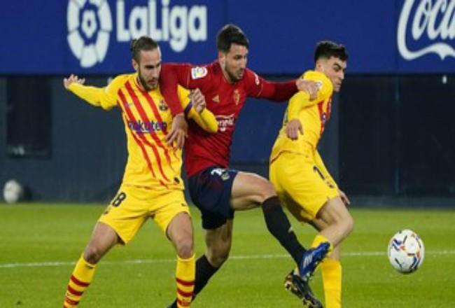 Barcelona mengamankan tiga angka di kandang Osasuna. Foto: CNNIndonesia